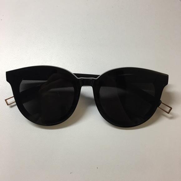 224e27860a1e Gentle Monster Accessories - Gentle monster black peter sunglasses